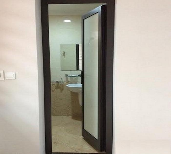 Cửa nhôm Xingfa bản lề cho phòng tắm