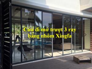 cửa đi mở trượt 3 ray bằng nhôm Xingfa