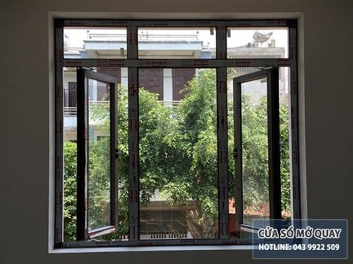 cửa sổ mở quay 2 cánh nhôm xingfa