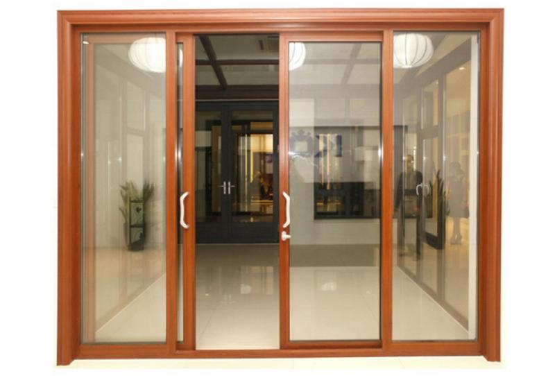 Cửa vân gỗ nhôm kính Xingfa