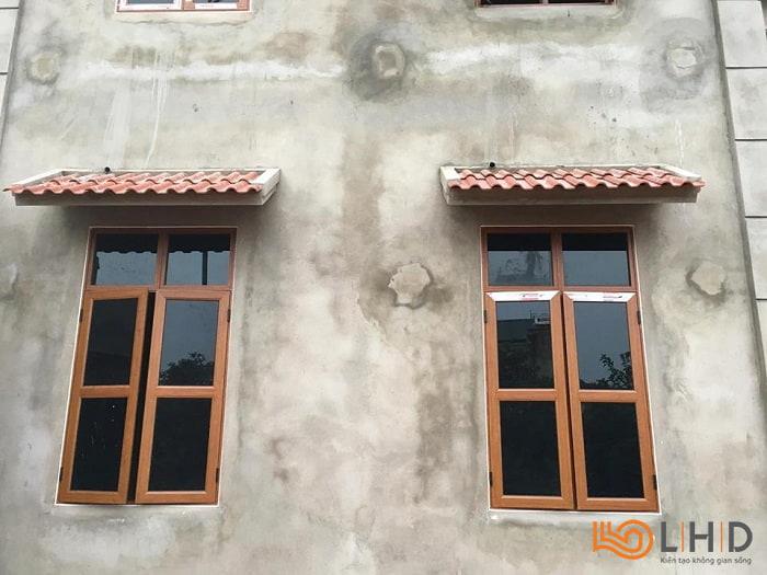 cửa sổ mở quay 2 cánh chia đố nhôm kenwin
